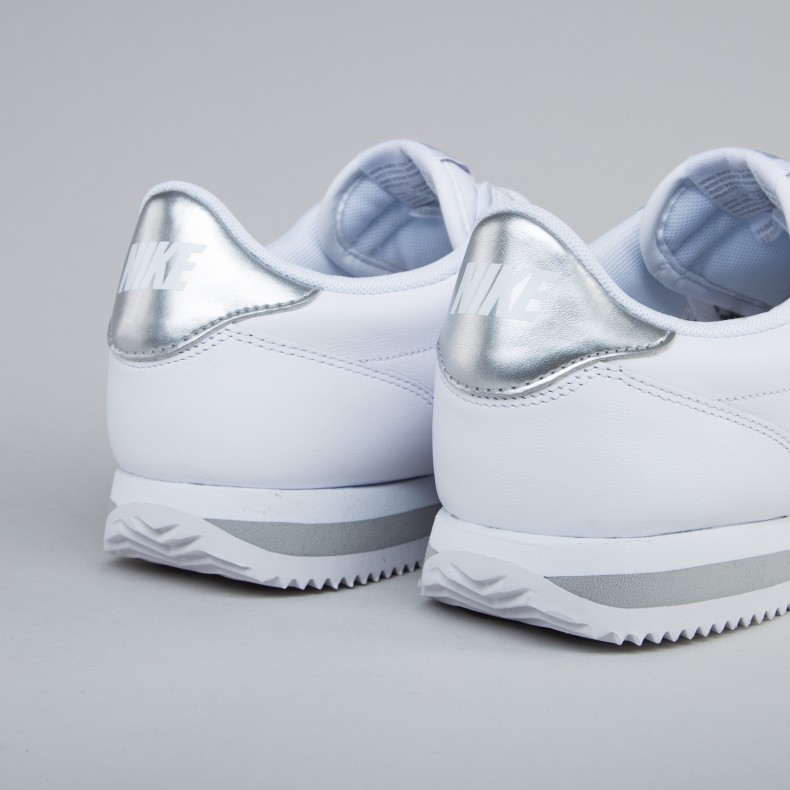 new products bc24f 97e70 Nike Cortez Basic Jewel ...
