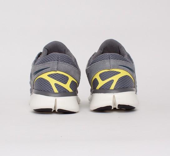 buy popular 8790d 033dd Nike Free Run 2 (Cool Grey/Armory Navy-Cool Grey-Sonic ...