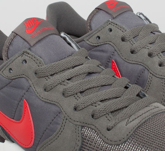 save off acfe1 a0626 ... nike internationalist (dark pewter lite crimson sail velvet brown)  nike  internationalist ...