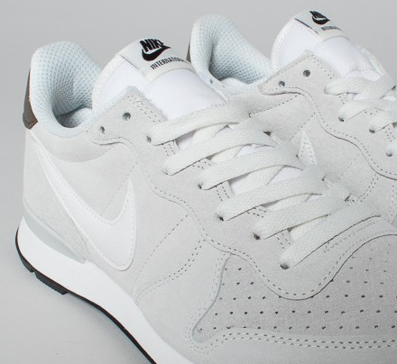 factory price 0439d 0f7dc Nike Internationalist Leather. (Summit White Summit White - Fieldstone Iron)