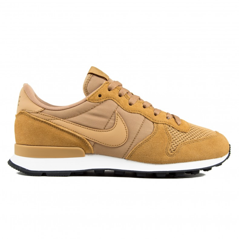 cheap for discount b03e8 44835 Nike Internationalist SE (Elemental Gold Elemental Gold-Sail-Black) -  Consortium.