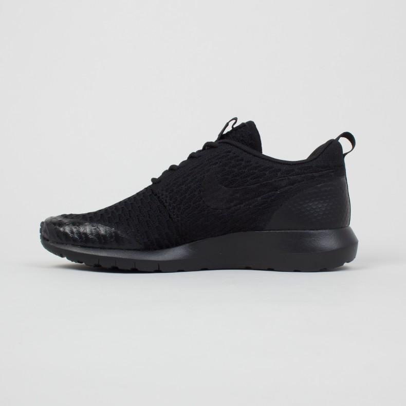 watch ade3c c1ef5 Nike Roshe NM Flyknit SE