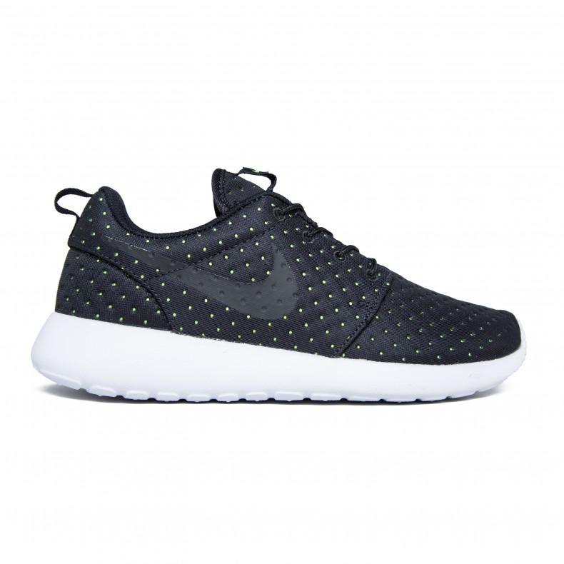 low priced 052a1 16d1b Nike Roshe One SE (Black/Black/Volt)