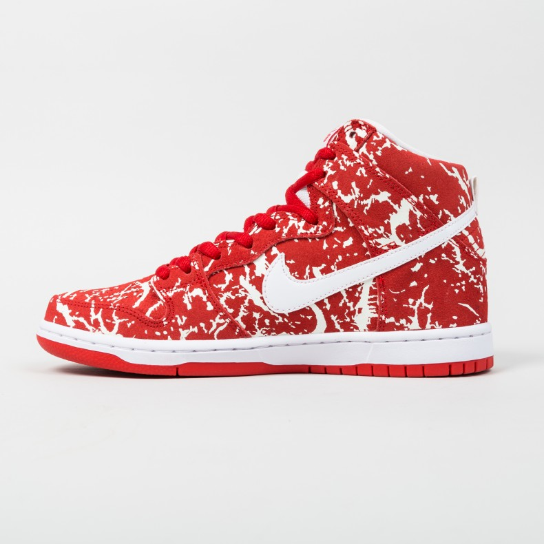 b1391eb239d9 Nike SB Dunk High Premium  Raw Meat  QS (Challenge Red White ...