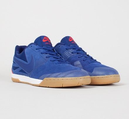 free shipping 1fbcb 518b2 Nike SB Lunar Gato WC. (Deep Royal Blue Light Crimson-White)