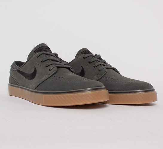 3bf9e6e0cec Nike SB Stefan Janoski (Dark Base Grey Black-Gum Light Brown) - Consortium.
