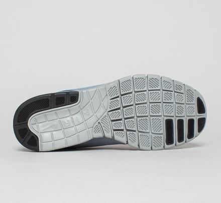 9cda875ce3e0 Nike SB Stefan Janoski Max L (Blue Graphite Metallic Silver-Pink Pow ...