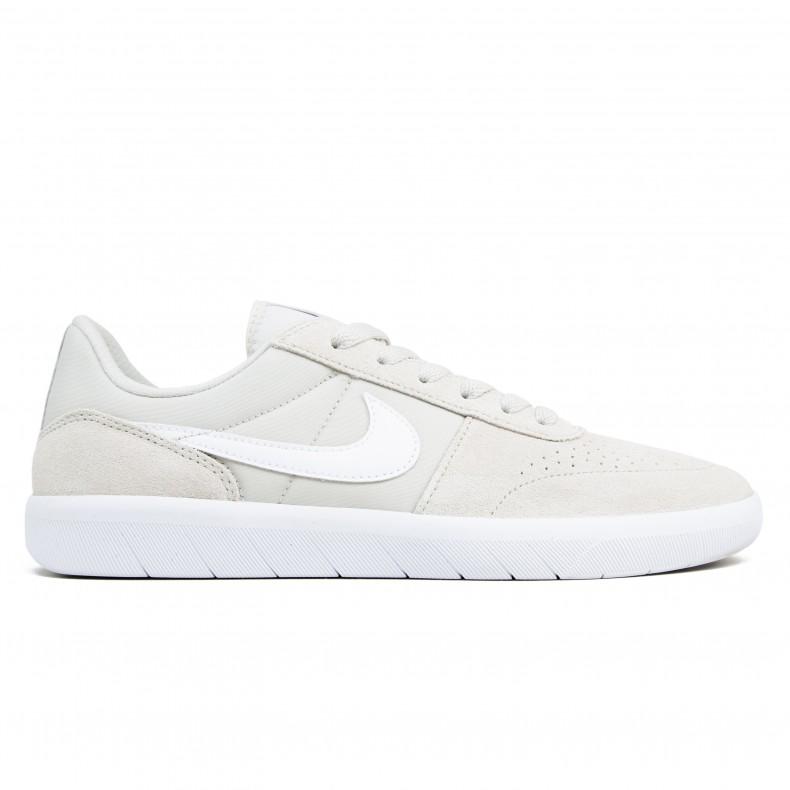 buy popular 8f899 22e7a Nike SB Team Classic (Light Bone White-Ridgerock) - Consortium.