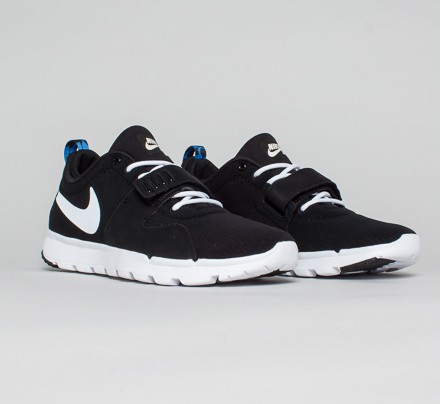 Nike SB Trainerendor SE Shoes Black White