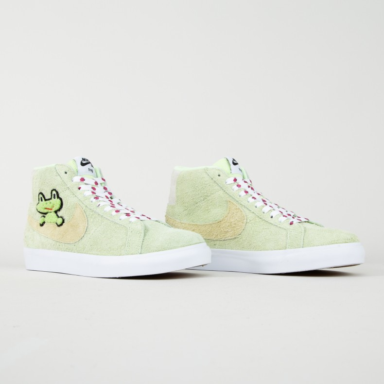 100% authentic 862b6 19d9d Nike SB x Frog Skateboards Zoom Blazer Mid QS. (LT Liquid Lime Lawn-White-LT  ...