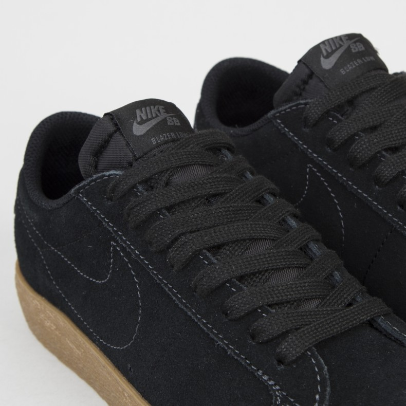 low priced 09ee9 0e38e Nike SB Zoom Blazer Low (Black/Black-Anthracite)