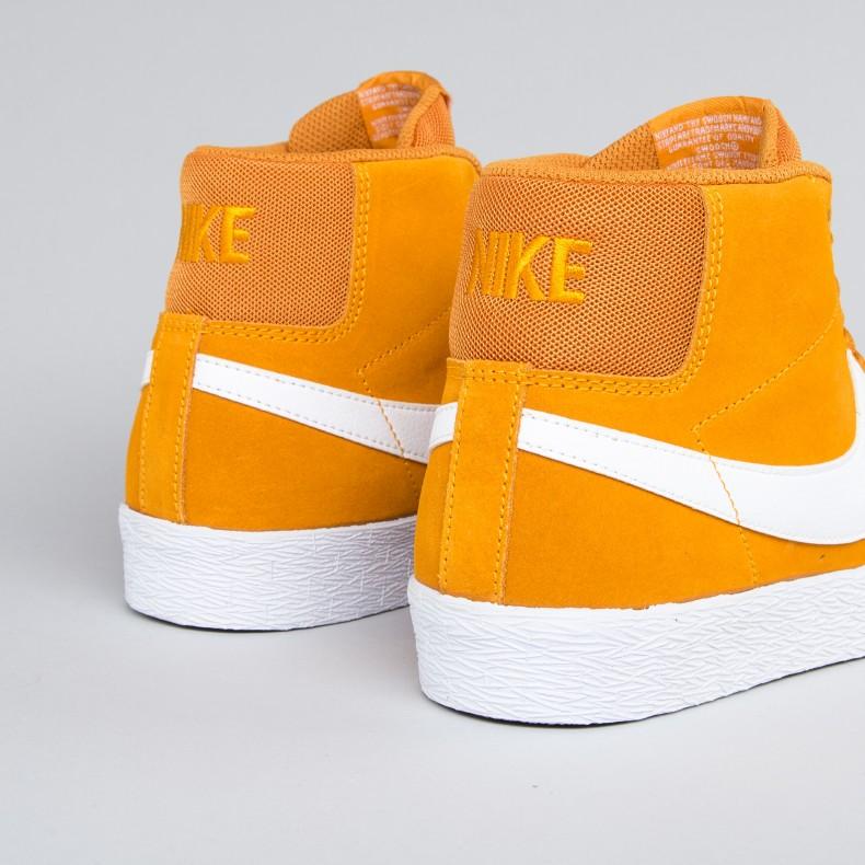 7f1fd16ce4f6a Nike SB Zoom Blazer Mid XT (Circuit Orange White-Gum Light Brown ...