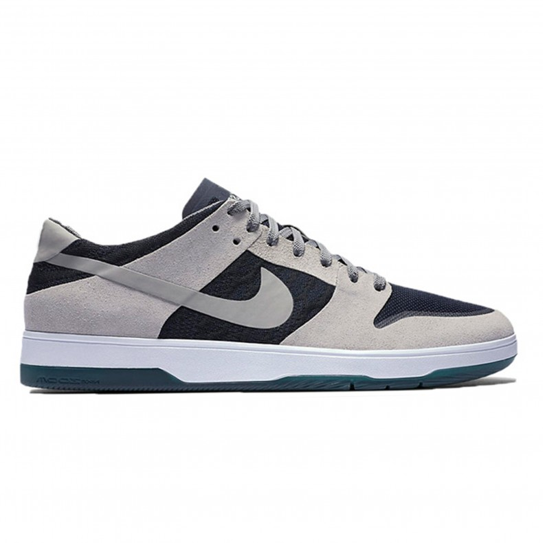 detailed look 919a6 536f9 Nike SB Zoom Dunk Low Elite