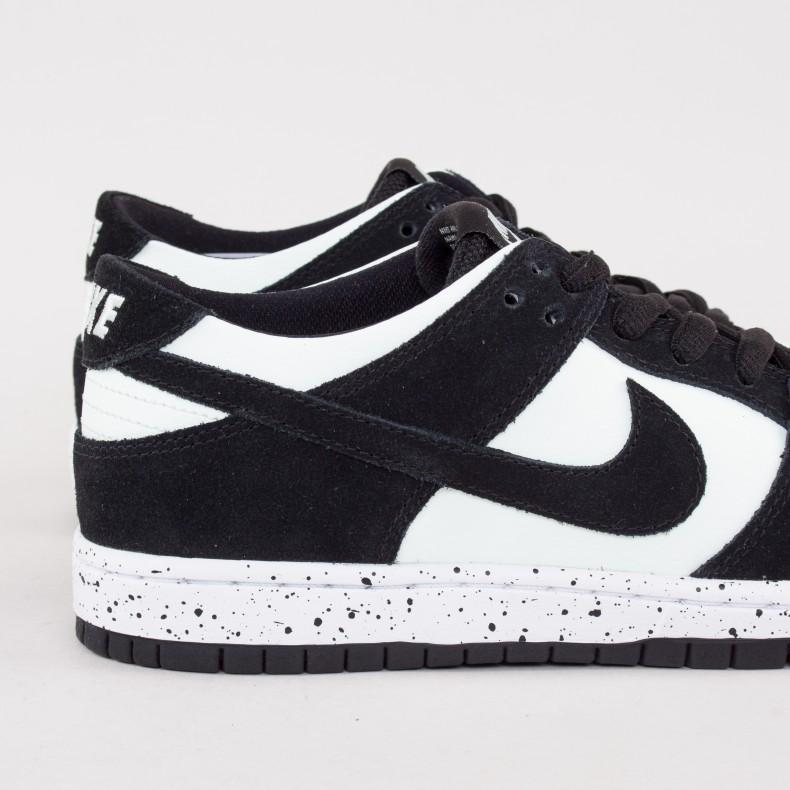 new styles 63b9c 0a5b6 Nike SB Zoom Dunk Low Pro (Black/Black-Barely Green-White ...