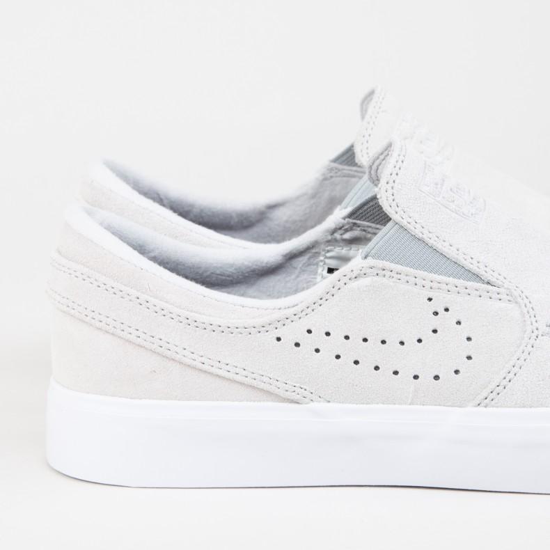 free shipping 9ef85 a5f5c Nike SB Zoom Stefan Janoski Slip RM SE