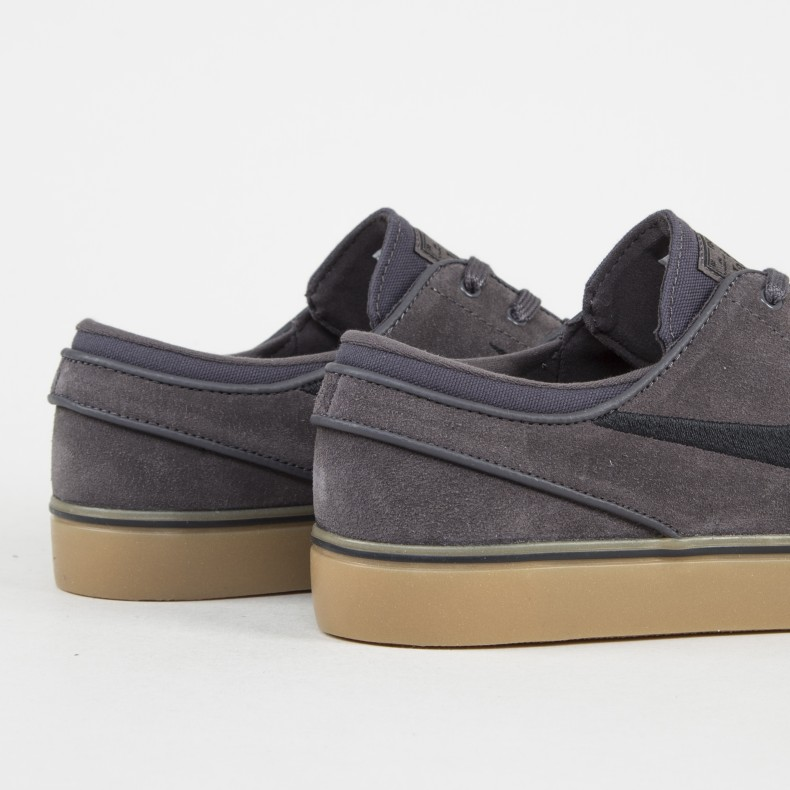 online store 9cd0c 6c929 Nike SB Zoom Stefan Janoski. (Thunder Grey Black Gum Light Brown)
