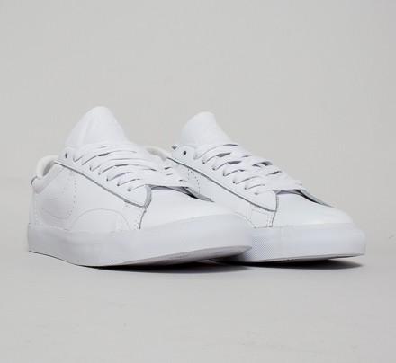 nike tennis classic ac premium white white white. Black Bedroom Furniture Sets. Home Design Ideas