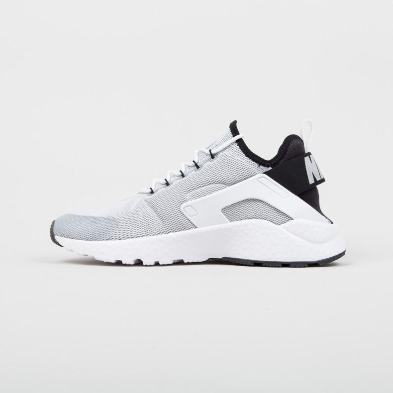 234bce7c8bf2 Nike W Air Huarache Run Ultra (White White-Black) - Consortium.