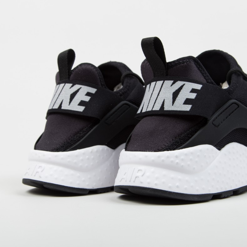 2b2e705e255f Nike W Air Huarache Run Ultra (Black White) - Consortium.