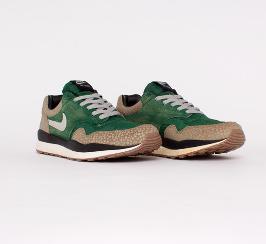 ac37166c3f58 Nike Air Safari Vintage (Gorge Green Granite-Bamboo-Black) - Consortium.