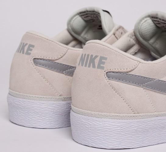 d4b5814b077f Nike SB Bruin (Swan Matte Silver) - Consortium.