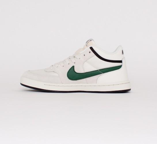 amplia selección de colores baratas para descuento bajo costo Nike SB Challenge Court (Swan/Gorge Green-Black) - Consortium.