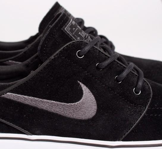 on sale ef626 8133a Nike SB Stefan Janoski. (Black Light Graphite)
