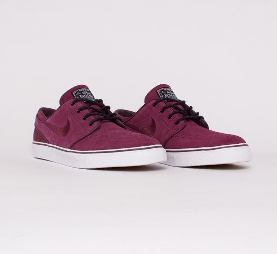 da9bde1ad130 Nike SB Stefan Janoski. (Red Oxide Red Oxide-Black-Gum Light Brown)