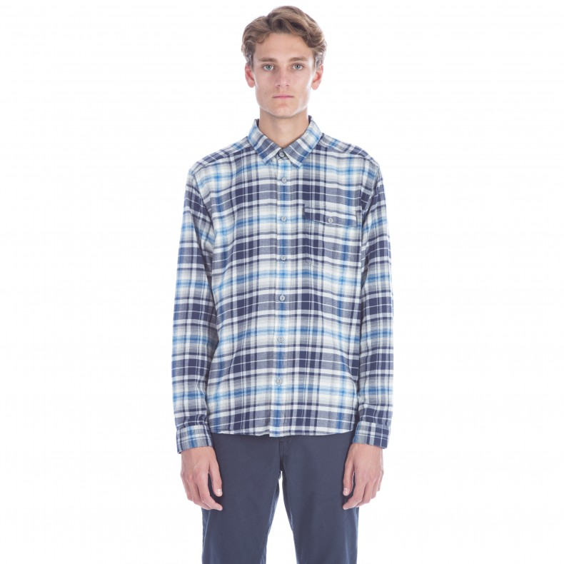 Patagonia Lightweight Fjord Flannel Long Sleeve Shirt