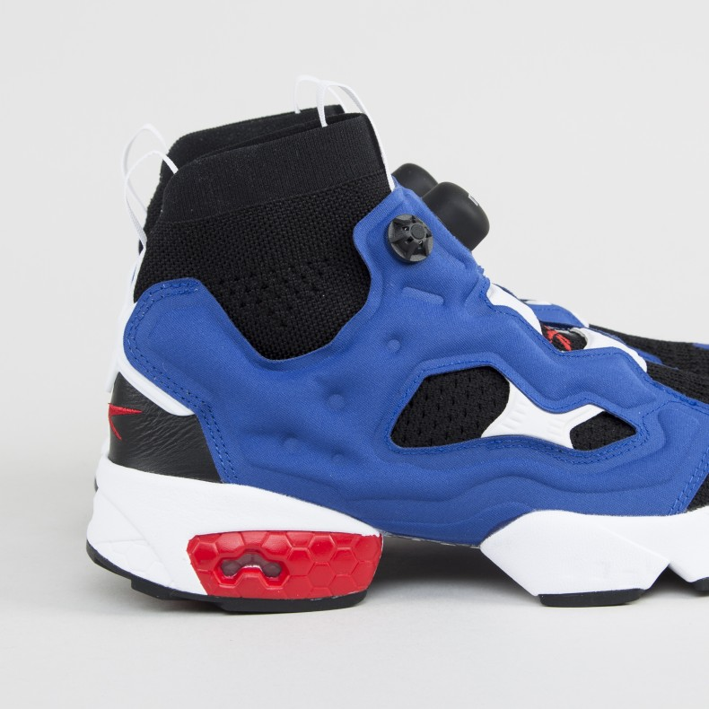 low priced af788 3ba83 Reebok Instapump Fury Ultraknit OG (Black/Team Dark Royal/Primal Red ...