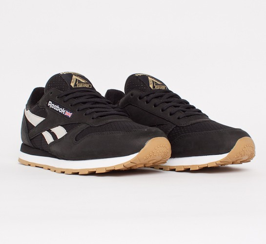 reebok x palace classic leather r12 black white metallic gold consortium. Black Bedroom Furniture Sets. Home Design Ideas